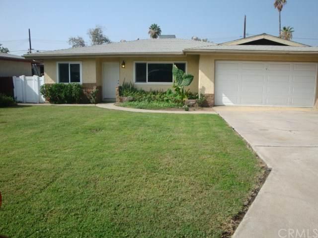 7642 Drummond Avenue, Highland, CA 92346 (#EV20224380) :: Zutila, Inc.
