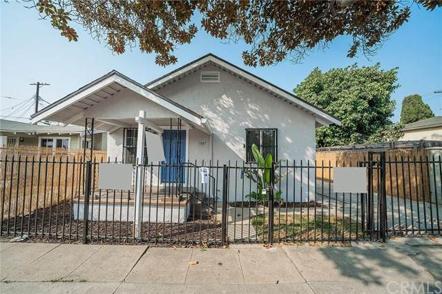 3307 W 71st Street, Los Angeles (City), CA 90043 (#DW20224236) :: Keller Williams | Angelique Koster