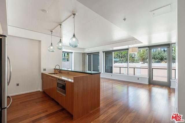 1155 S Grand Avenue #422, Los Angeles (City), CA 90015 (#20651048) :: Z Team OC Real Estate