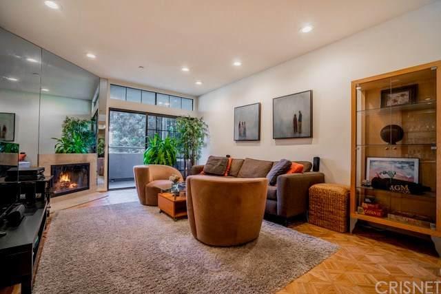 200 N Swall Drive #302, Beverly Hills, CA 90211 (#SR20224305) :: Mainstreet Realtors®