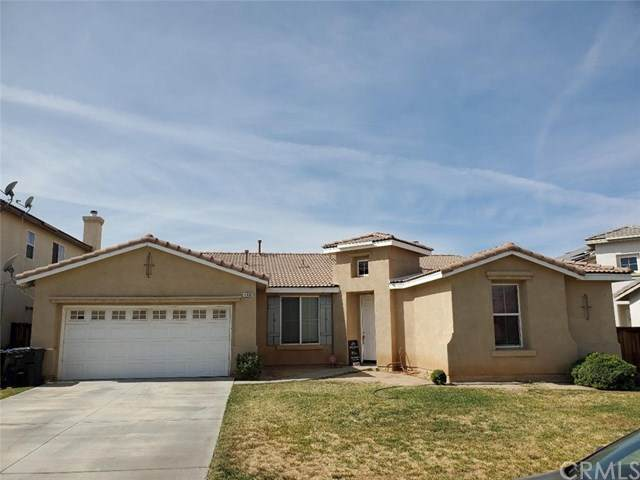 11930 Clayton Lane, Victorville, CA 92392 (#OC20220337) :: Team Forss Realty Group