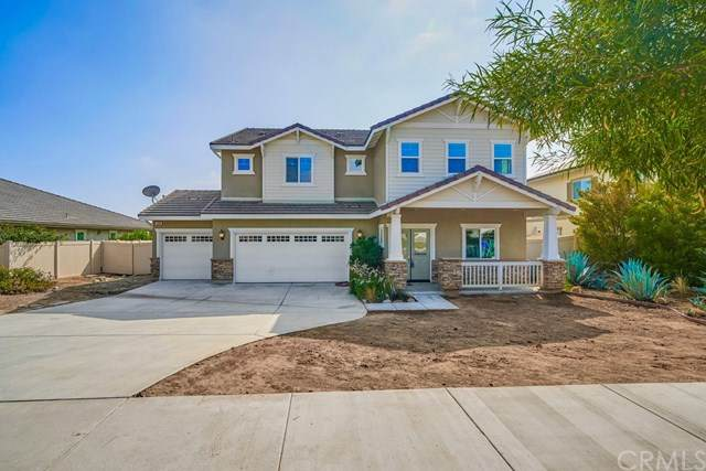306 E 20th Street, Upland, CA 91784 (#CV20224625) :: Veronica Encinas Team