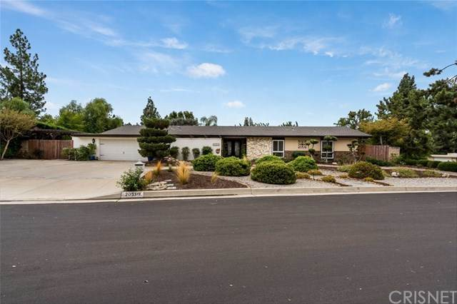 20310 Bermuda Street, Chatsworth, CA 91311 (#SR20224724) :: Crudo & Associates