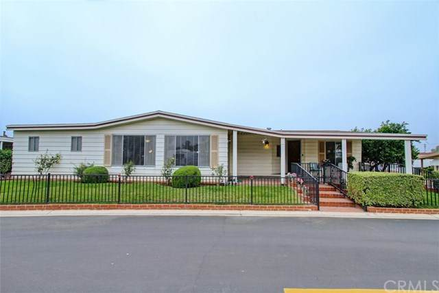 11730 Whittier Blvd #57, Whittier, CA 90601 (#DW20224068) :: The Miller Group