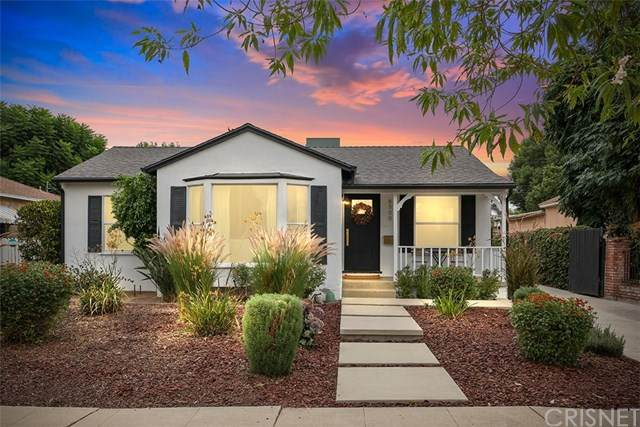 6500 Zelzah Avenue, Reseda, CA 91335 (#SR20225023) :: The Parsons Team