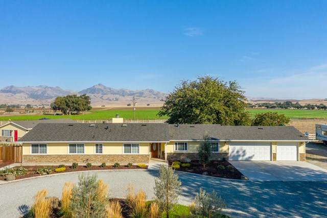 1899 Mccloskey Road, Hollister, CA 95023 (#ML81809309) :: The Bhagat Group