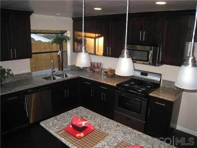 6738 Salizar Street, San Diego, CA 92111 (#200049729) :: eXp Realty of California Inc.