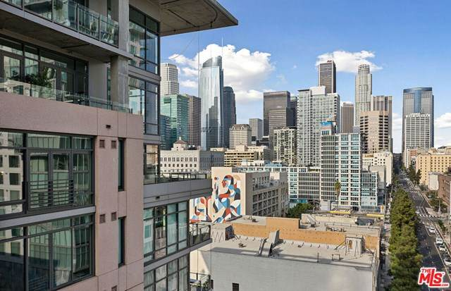 1111 S Grand Avenue #1111, Los Angeles (City), CA 90015 (#20650944) :: The Bhagat Group