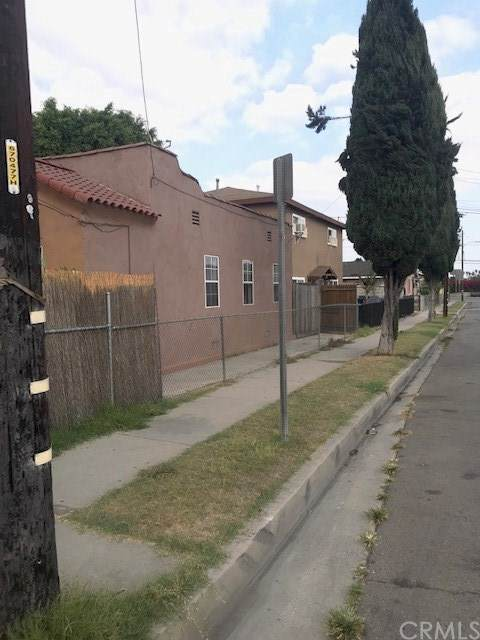 1050 S Bonnie Beach Place, East Los Angeles, CA 90023 (#MB20225210) :: Zutila, Inc.