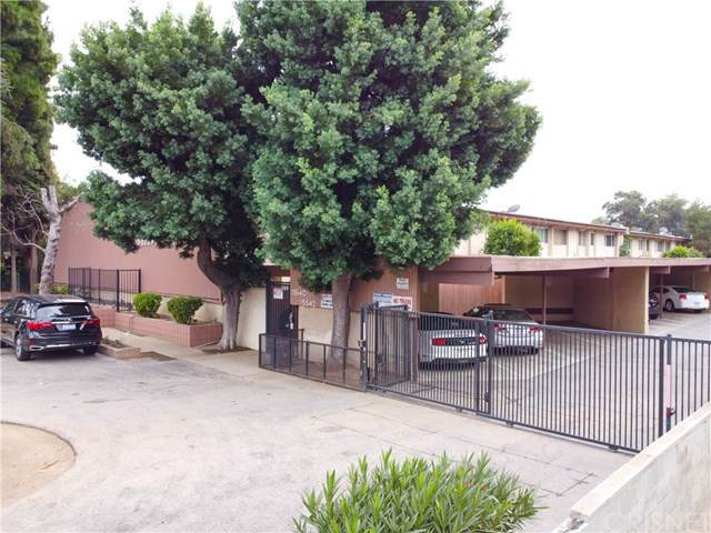15542 Sherman Way #2, Van Nuys, CA 91406 (#SR20225011) :: Rogers Realty Group/Berkshire Hathaway HomeServices California Properties