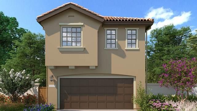 268 Camelia Way, Vista, CA 92083 (#SW20225393) :: Brandon Hobbs Group