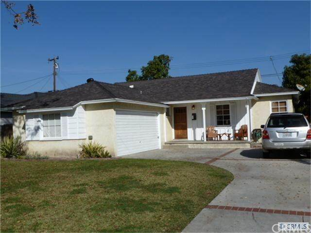 7827 Conklin Street, Downey, CA 90242 (#MB20225425) :: Millman Team
