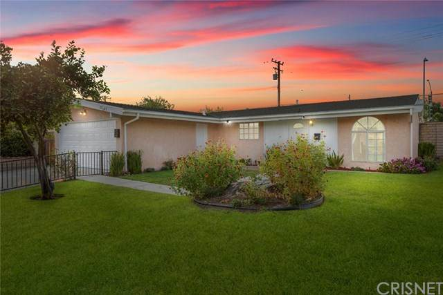 27763 Walnut Springs Avenue, Canyon Country, CA 91351 (#SR20225388) :: The Parsons Team