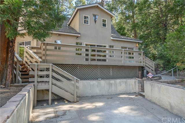 221 John Muir Road, Lake Arrowhead, CA 92352 (#EV20225488) :: TeamRobinson | RE/MAX One