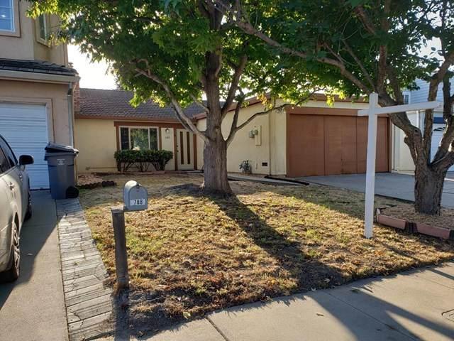 788 Alvarado Drive, Salinas, CA 93907 (#ML81817368) :: Realty ONE Group Empire