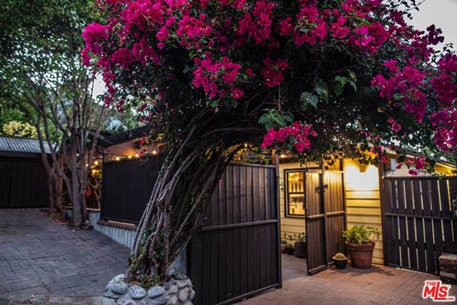 19613 Vision Drive, Topanga, CA 90290 (#20637824) :: The Results Group