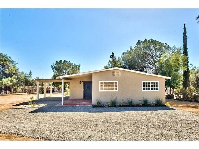 18801 Cedar Street, Perris, CA 92570 (#IG20181802) :: American Real Estate List & Sell