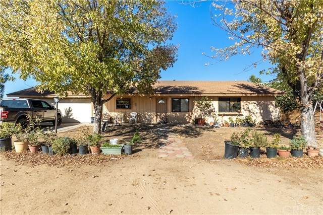 7040 Iverson Place, Paso Robles, CA 93446 (#PI20222912) :: The Miller Group