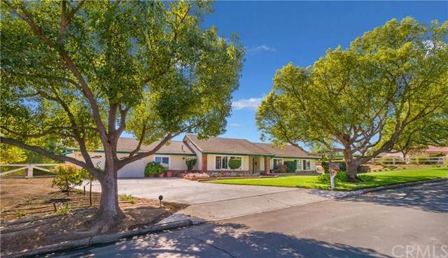 17879 El Mineral Road, Perris, CA 92570 (#PW20225740) :: eXp Realty of California Inc.