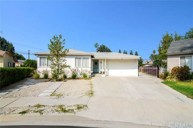 7743 Nestle Avenue, Reseda, CA 91335 (#TR20225853) :: The Parsons Team
