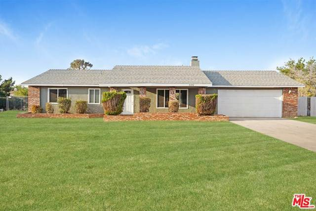 21242 Wisteria Street, Apple Valley, CA 92308 (#20651688) :: eXp Realty of California Inc.