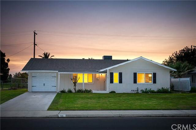 701 Cherry Hills Drive, Bakersfield, CA 93309 (#NS20226108) :: eXp Realty of California Inc.