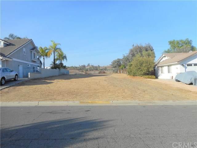 277 Windward Drive, Canyon Lake, CA 92587 (#IV20225029) :: The Miller Group