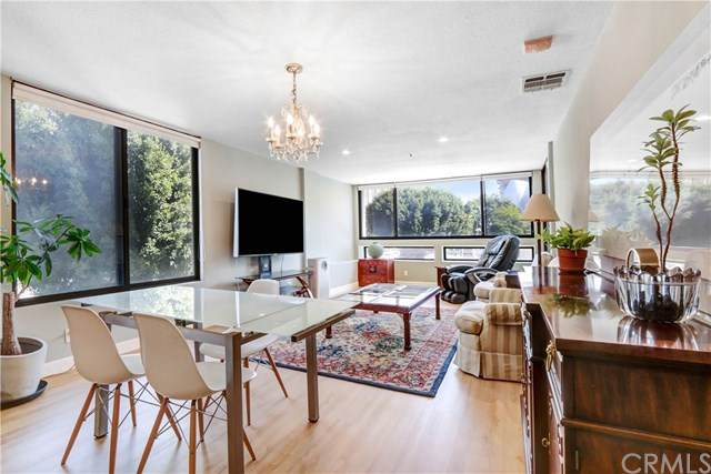 121 S Hope Street #339, Los Angeles (City), CA 90012 (#PW20225799) :: The Parsons Team