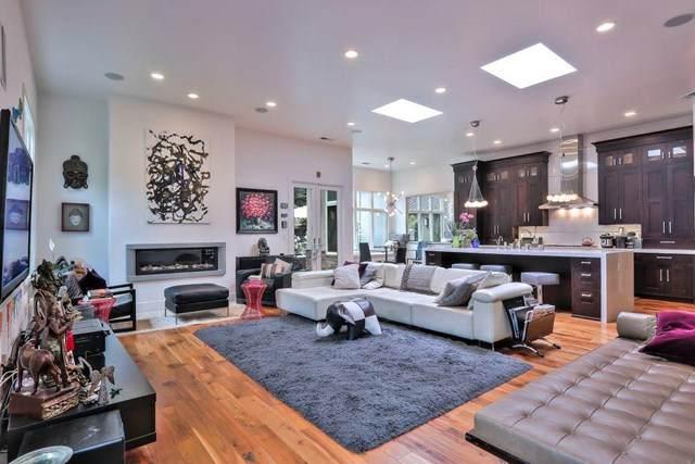 14125 Douglass Lane, Saratoga, CA 95070 (#ML81817292) :: Berkshire Hathaway HomeServices California Properties
