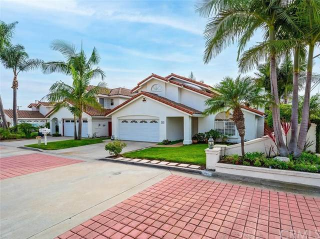 201 La Costa Court, Costa Mesa, CA 92627 (#OC20225987) :: Berkshire Hathaway HomeServices California Properties