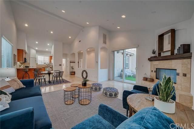 2210 Carnegie Lane C, Redondo Beach, CA 90278 (#SB20226361) :: Provident Real Estate