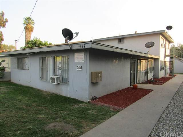 687 W 17th Street, San Bernardino, CA 92405 (#PW20226740) :: Blake Cory Home Selling Team