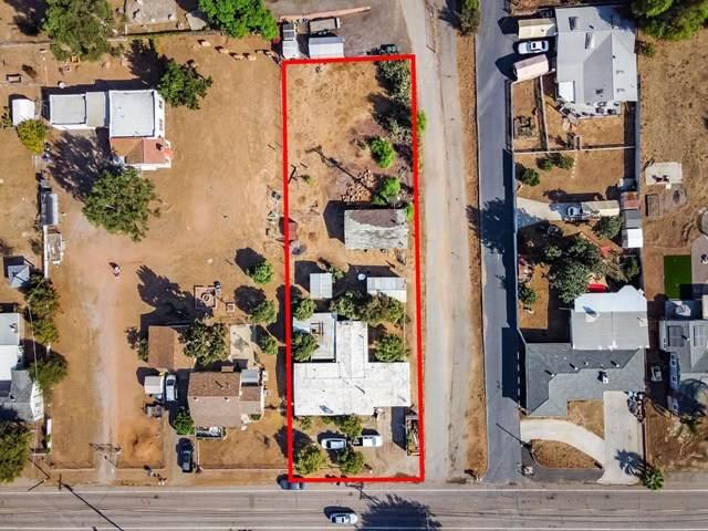 9045 Emerald Grove Way, Lakeside, CA 92040 (#200049935) :: eXp Realty of California Inc.
