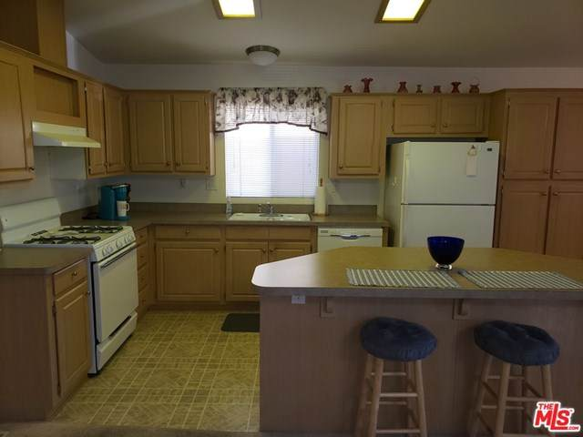 69525 Dillon Road #130, Desert Hot Springs, CA 92241 (#20649672) :: Steele Canyon Realty