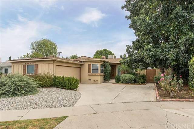 20456 Bassett Street, Winnetka, CA 91306 (#SR20227134) :: The Results Group