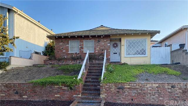 871 W 23rd Street, San Pedro, CA 90731 (#SB20227247) :: The Miller Group
