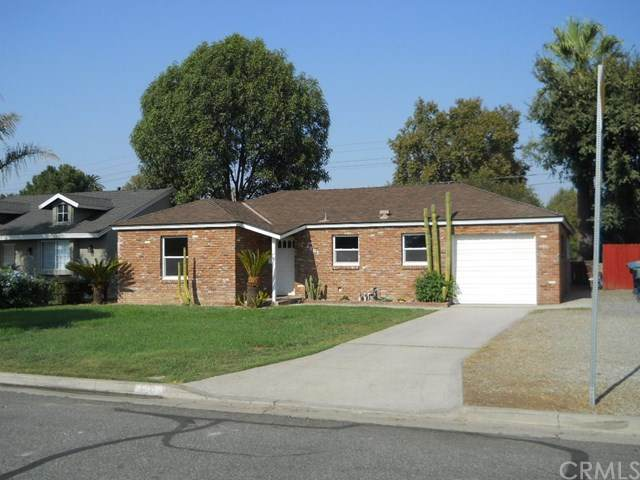 4803 Beverly Court, Riverside, CA 92506 (#OC20218689) :: Team Foote at Compass