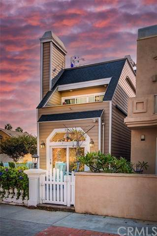 228 22nd Street, Huntington Beach, CA 92648 (#OC20227110) :: Team Tami