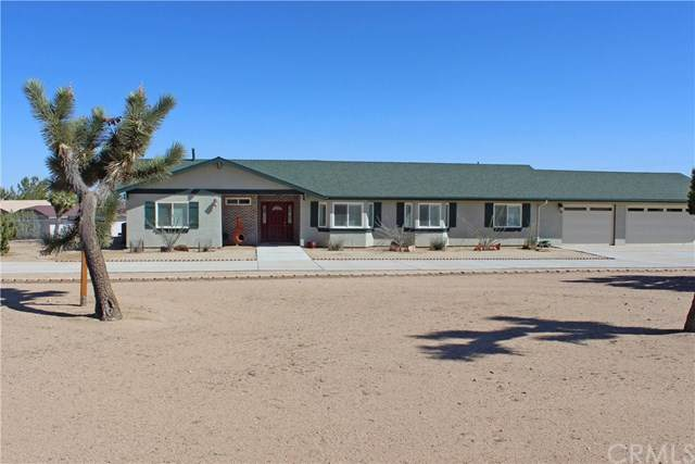 56521 Chipmunk, Yucca Valley, CA 92284 (#JT20228004) :: American Real Estate List & Sell