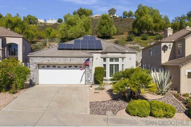 2204 View Crest Glen, Escondido, CA 92026 (#200050128) :: The Results Group