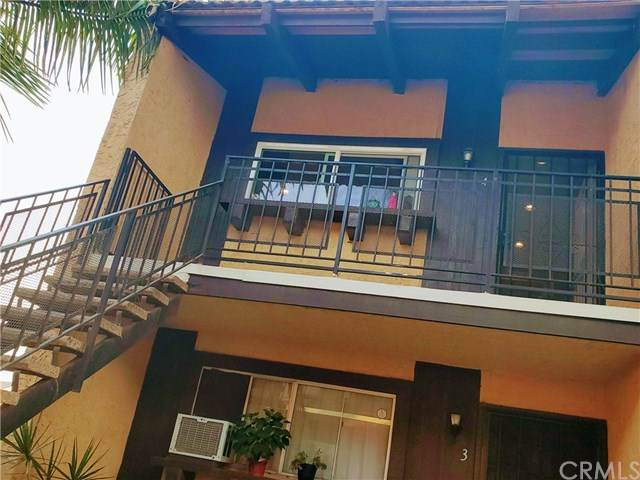 21526 Belshire Avenue #4, Hawaiian Gardens, CA 90716 (#RS20228543) :: Realty ONE Group Empire