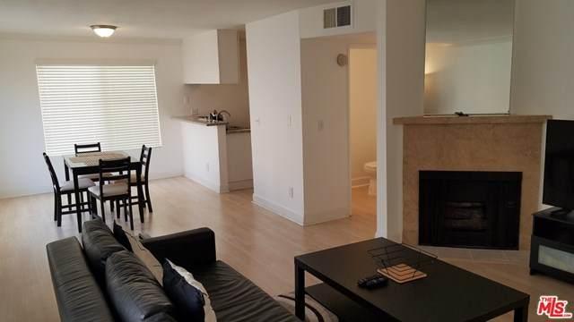 7035 Woodley Avenue #120, Lake Balboa, CA 91406 (#20652020) :: Arzuman Brothers