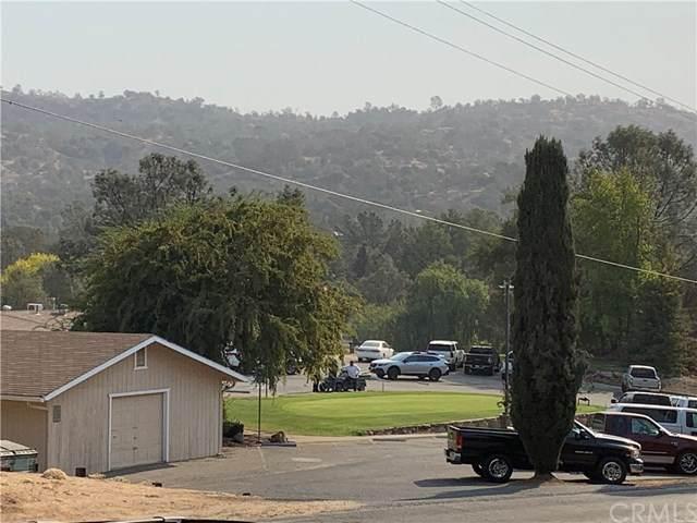 90 Yosemite Springs, Coarsegold, CA 93614 (#FR20228813) :: Veronica Encinas Team