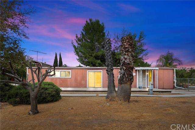27191 Saddleback Lane, Menifee, CA 92584 (#SW20228970) :: Mainstreet Realtors®