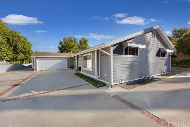 11978 Elnora Place, Granada Hills, CA 91344 (#SR20227785) :: Team Forss Realty Group