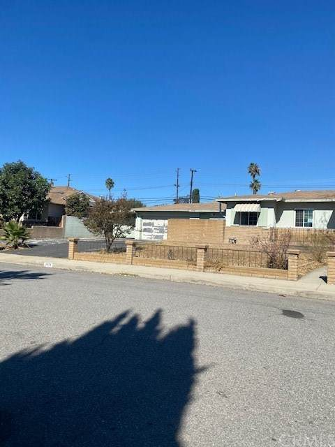 5474 Yale Street, Montclair, CA 91763 (#DW20229488) :: The Results Group