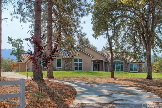 38005 Pine Crest Court, Oakhurst, CA 93644 (#FR20229479) :: Steele Canyon Realty