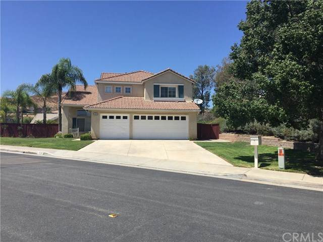 1935 Stonehaven Drive, Corona, CA 92879 (#TR20229638) :: Arzuman Brothers