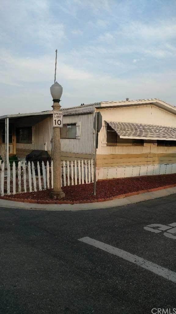 3883 Buchanan Street #141, Riverside, CA 92503 (#IG20229544) :: A G Amaya Group Real Estate