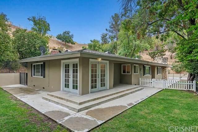 5171 Dumont Place, Woodland Hills, CA 91364 (#SR20229996) :: Veronica Encinas Team